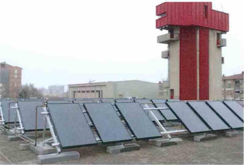 INSTALACIÓN SOLAR HÍBRIDA EN PARQUE DE BOMBEROS ZARAGOZA.Eficiencia energética